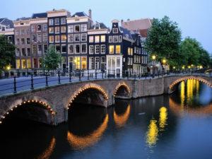 Сколько на самом деле стоит жизнь в Нидерландах