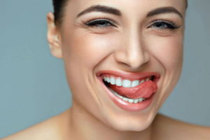 Сколько сегодня стоит выпрямить зубы взрослому человеку