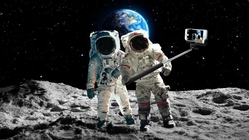 бывает картинка пора в космос дарить