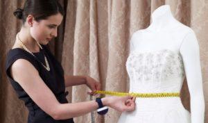 Сколько сегодня стоит сшить платье на заказ в ателье