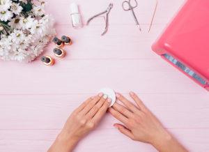 Сколько стоит снять гель-лак с ногтей в салоне красоты